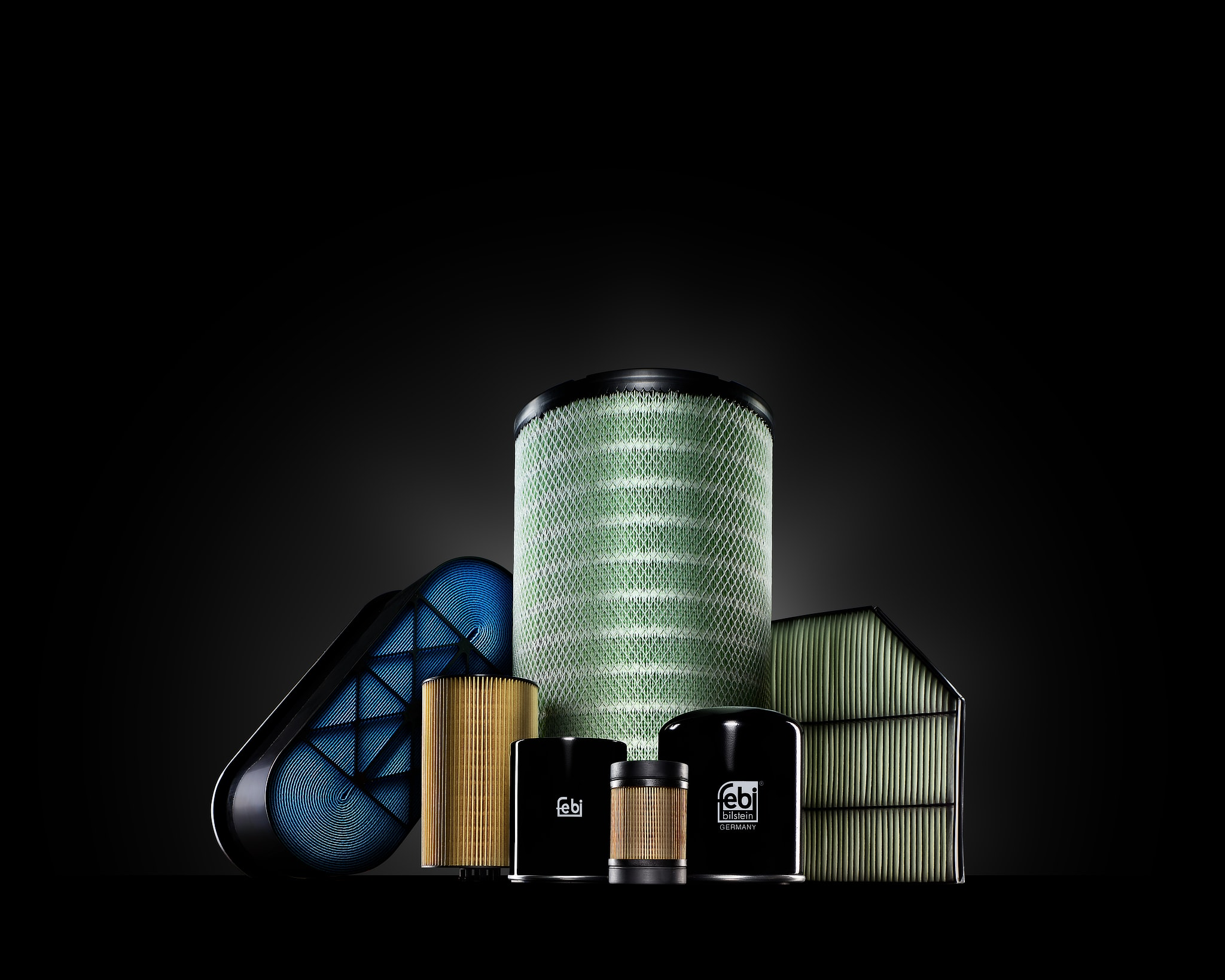 Advertising image of several air filters for trucks